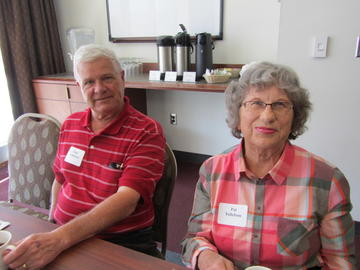 Gale & Pat Tollefson at the April luncheon meeting