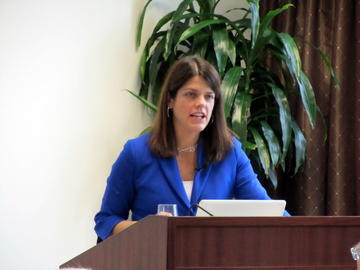 Kathryn Pearson analyzed the recent election results and offered her insights at the November, 2012 luncheon