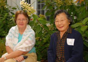 Janet Kraut, new retiree, and Minnie Matsuura, UMRA member and URVC Volunteer