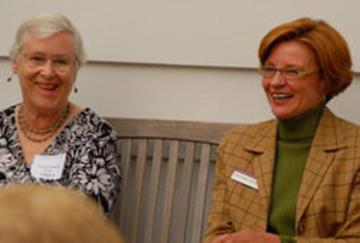 Gayle Graham Yates enjoying conversation with Susan Hagstrum, U of Minnesota's First Lady